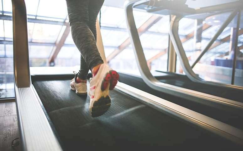 7 steps to clean a treadmill