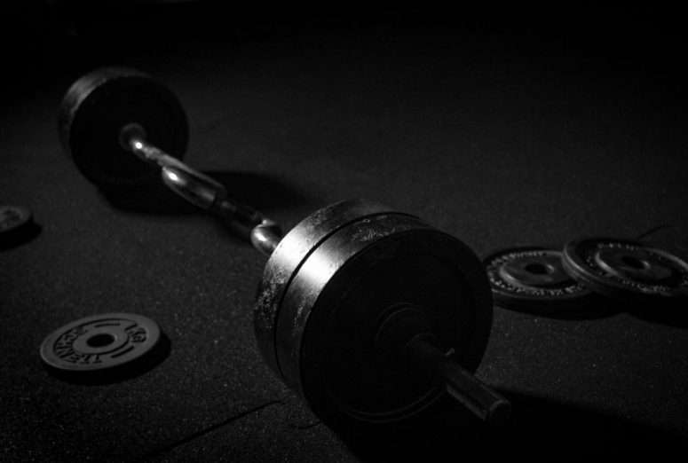 Why I'm lifting heavier weights for endurance